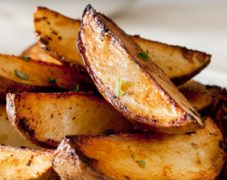 Gluten-Free Potato Wedges with Kicked Up Ketchup