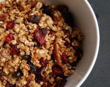 Gluten-Free Yummy Granola