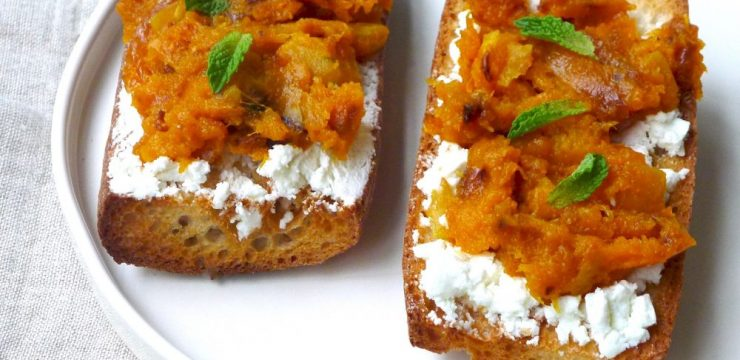 RECIPE: Butternut Squash Toast with Caramelized Onions and Goat Cheese